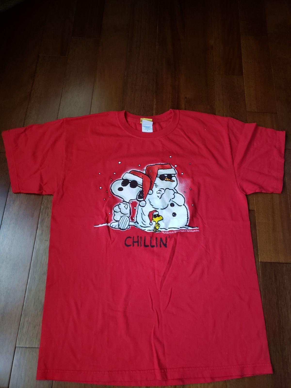 Peanuts Snoopy Christmas tshirt
