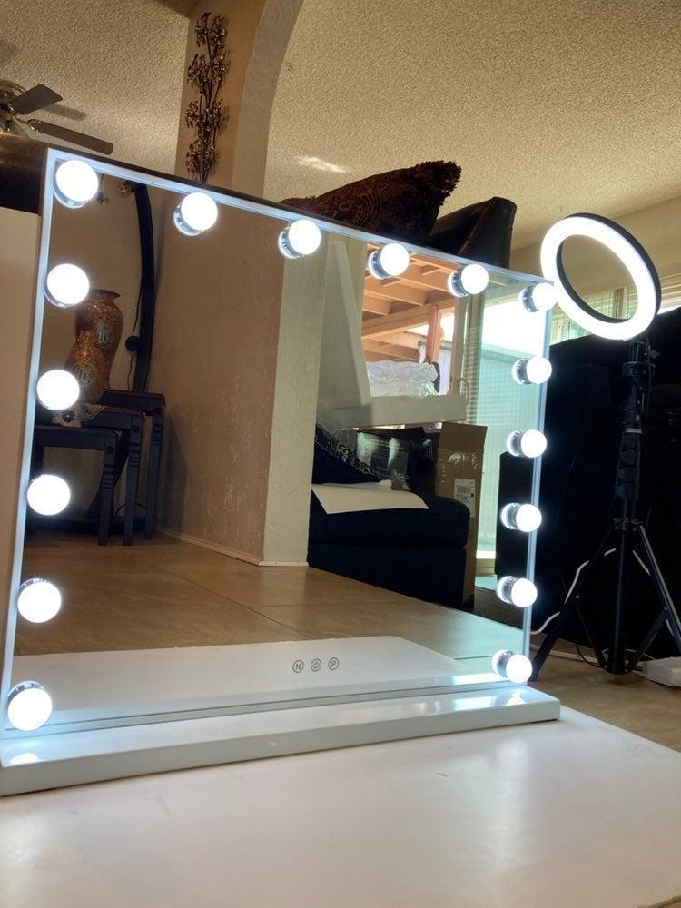 """Vanity Makeup Mirror with Lights, 24"""""""