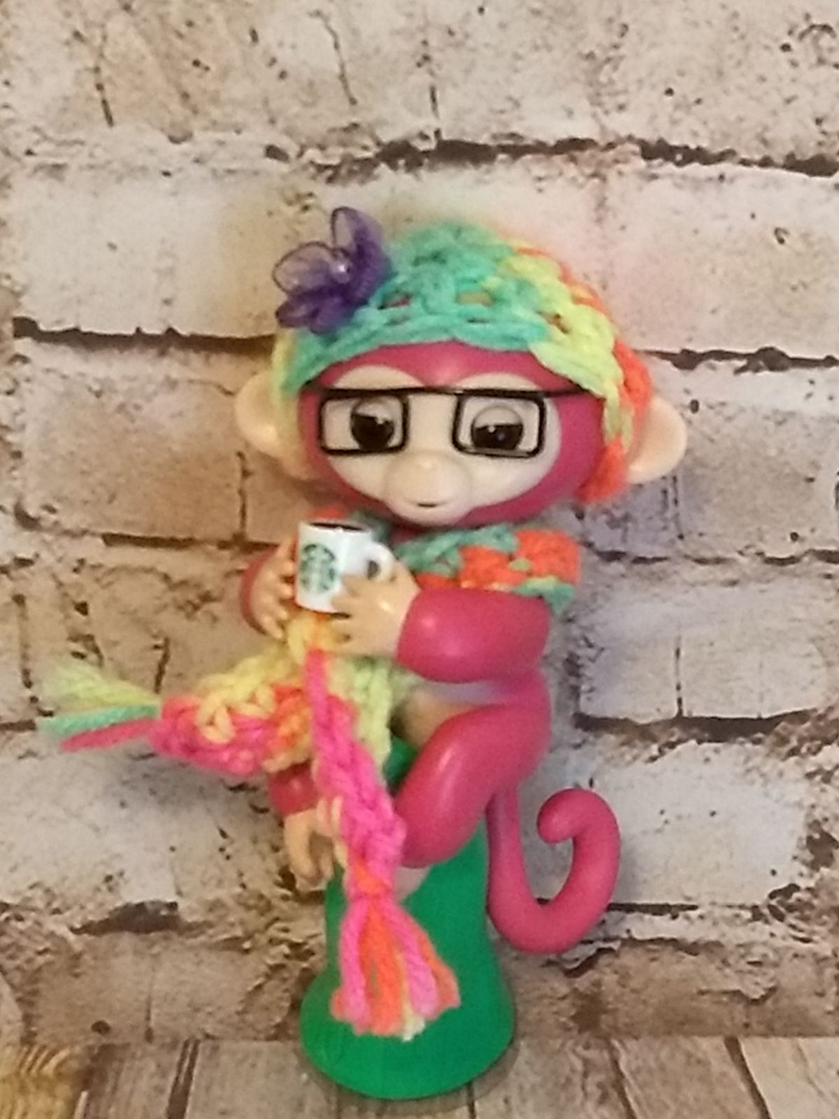 Fingerlings Pink Monkey with Accessories