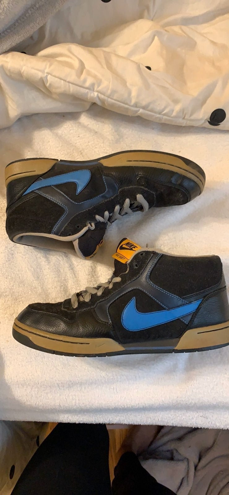 Nike Skeet Mid