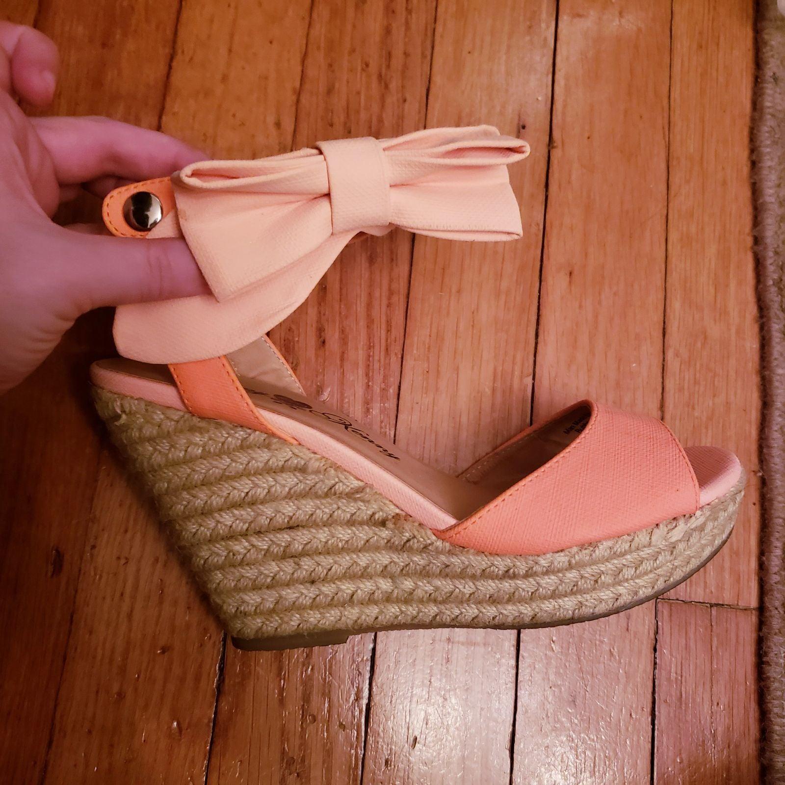 Penny Loves Kenny wedge heels 7