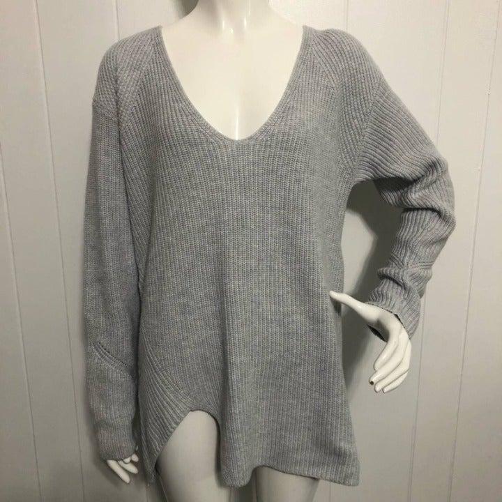 CAbi Deep V-Neck Pullover Gray Sweater