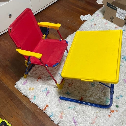 **hold for Andrea** Childrens table & ch