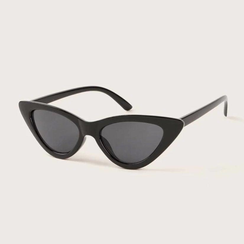 simple black y2k cat eye sunglasses