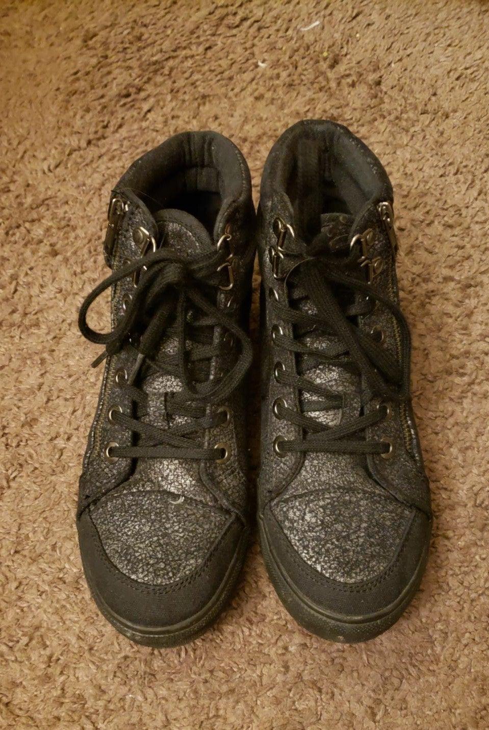 Us polo assn high top shoes size 7