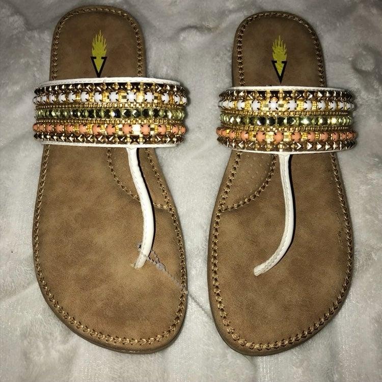 Volatile Beaded Thong Sandal Sz 9 NWT