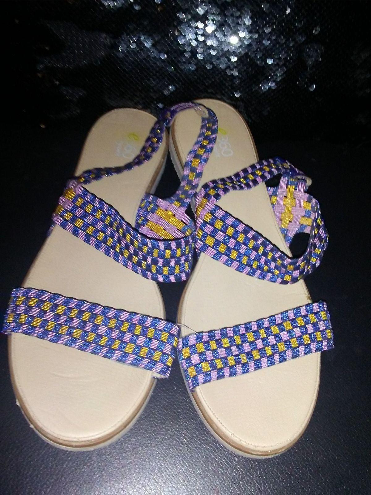 E360 sandals size 11