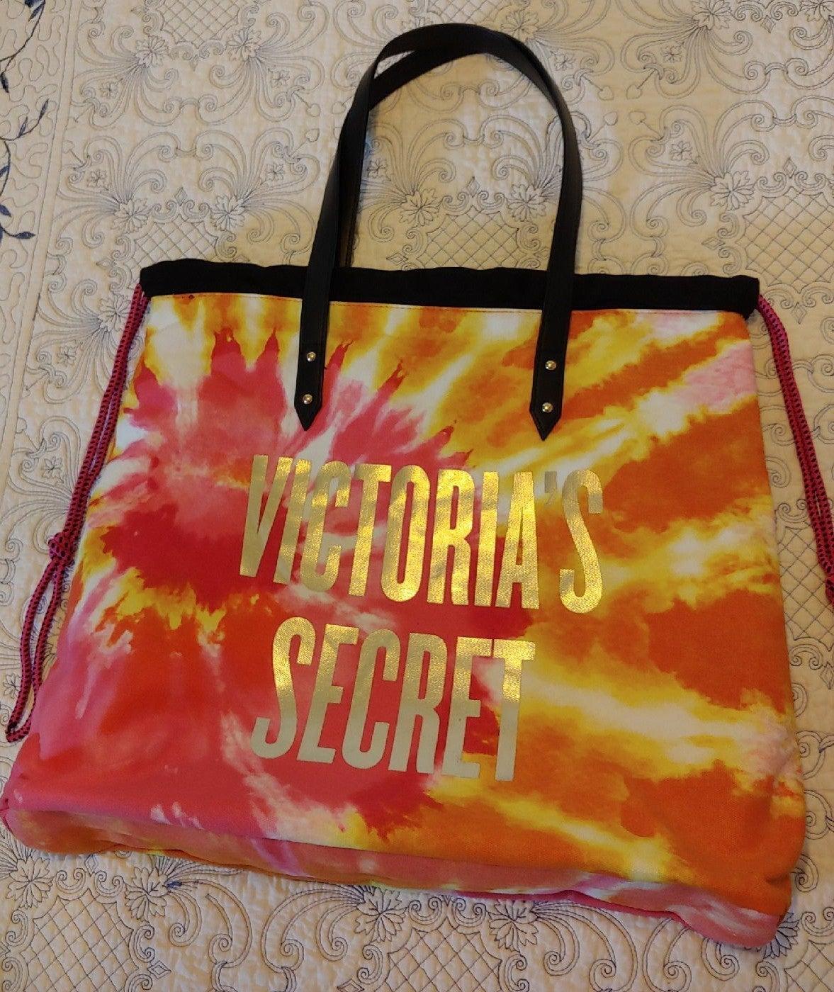Love Victoria Tropical tote bag