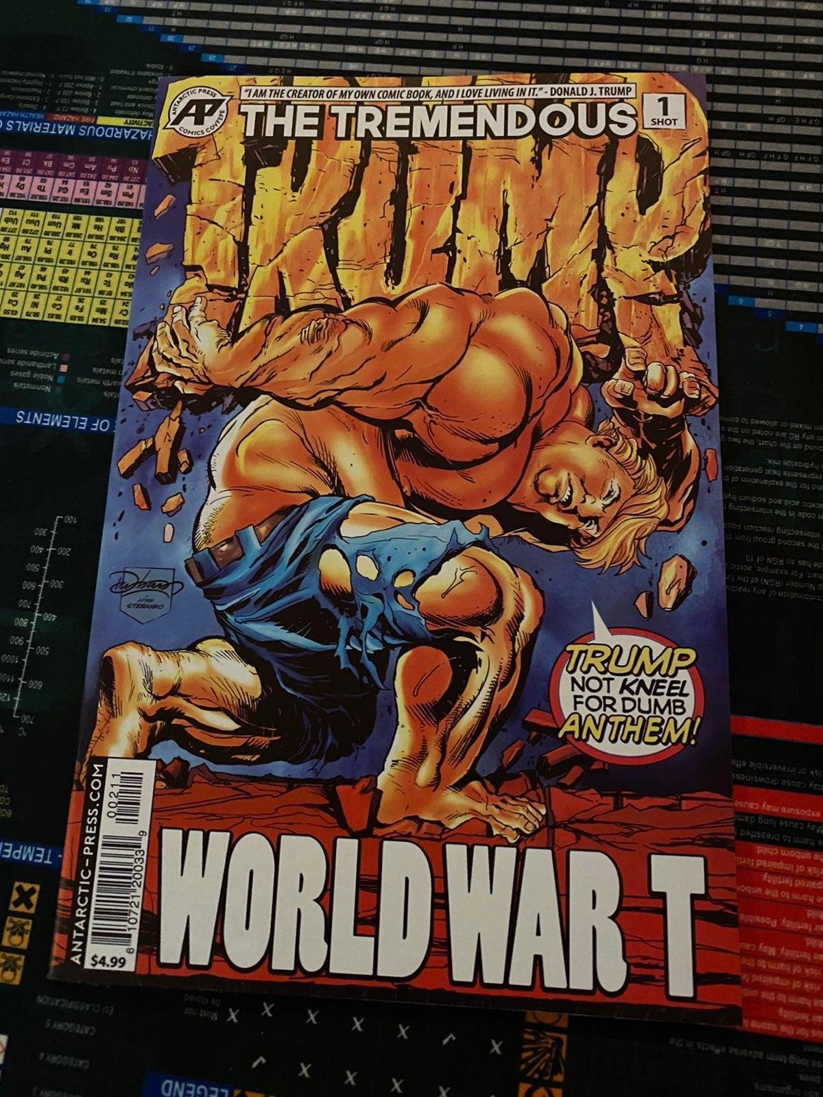Trump World War T comic Hulk Parody NM+