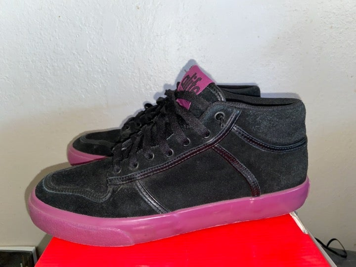 Alife everybody mid Suede shoe 9 vtg huf