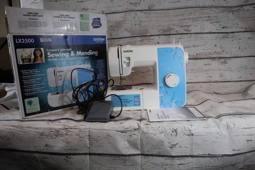 Brother LX2500 Electronic Sewing Machine