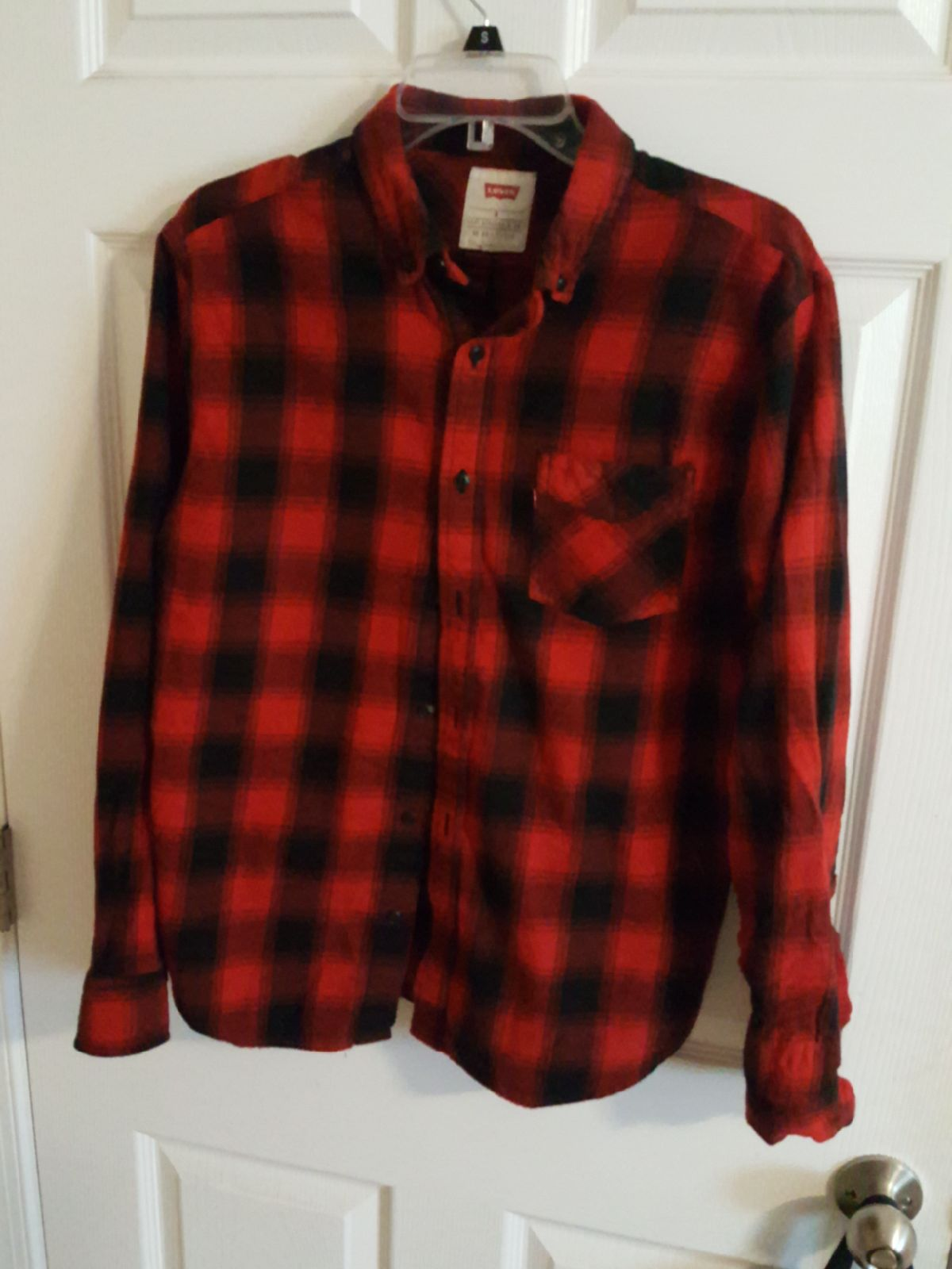 Red Buffalo Plaid Flannel (MEDIUM)