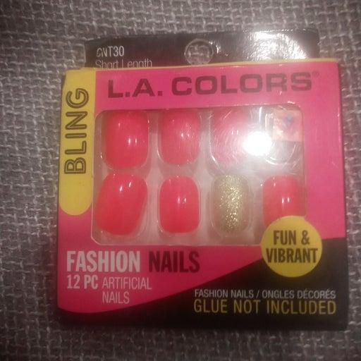 LA Colors nails