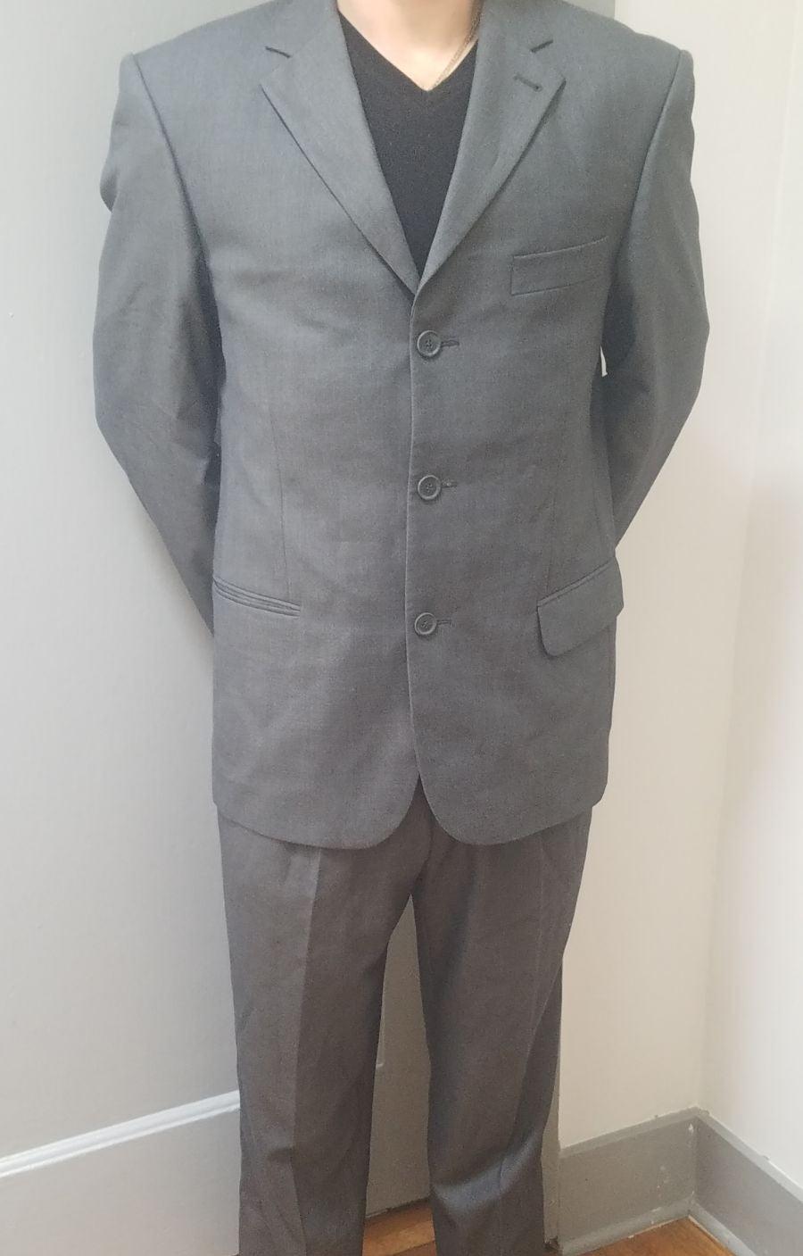 Angelo Rossi Men's Suit