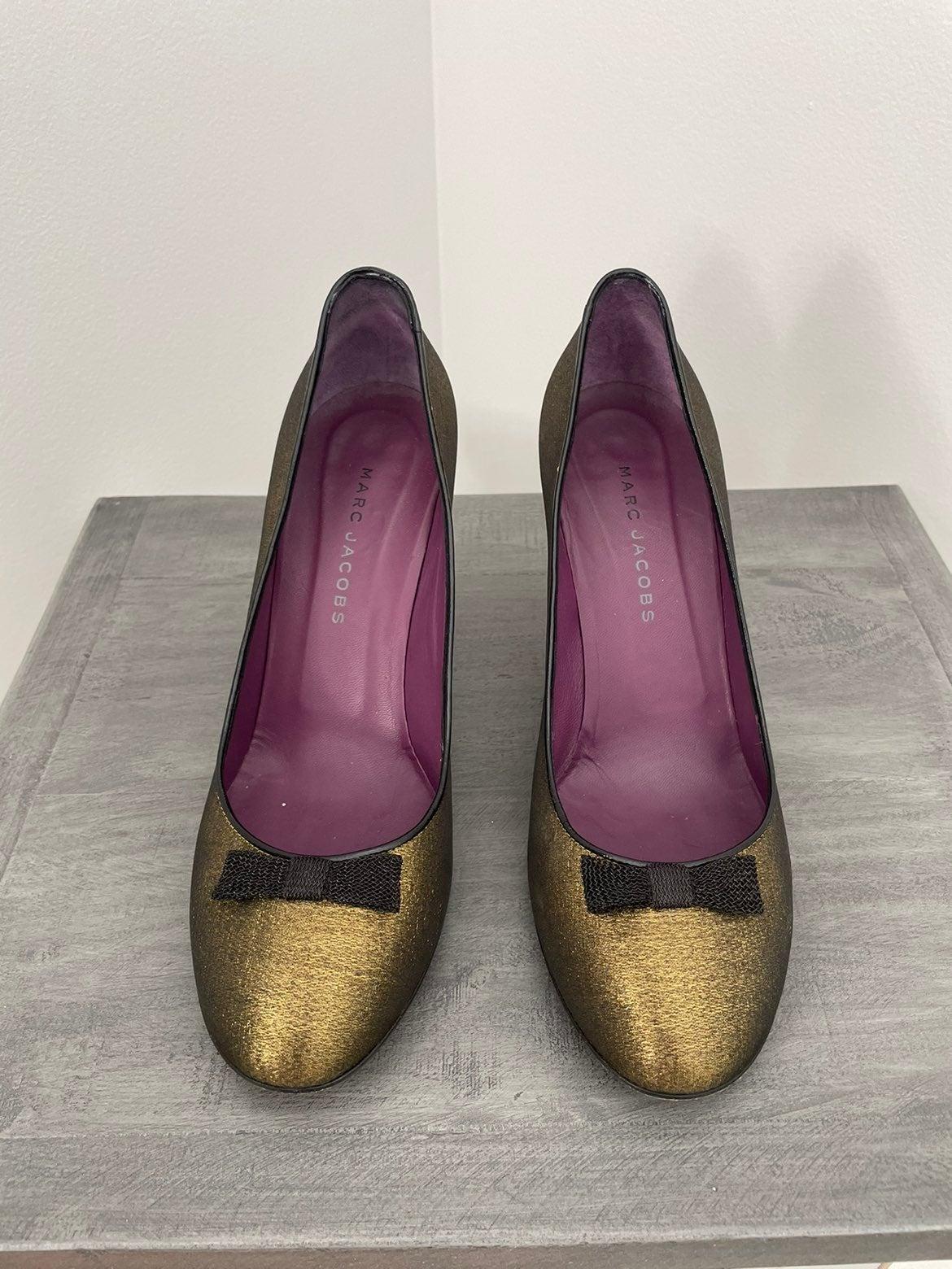 Marc Jacobs Retro Style Pumps Size 9 1/2