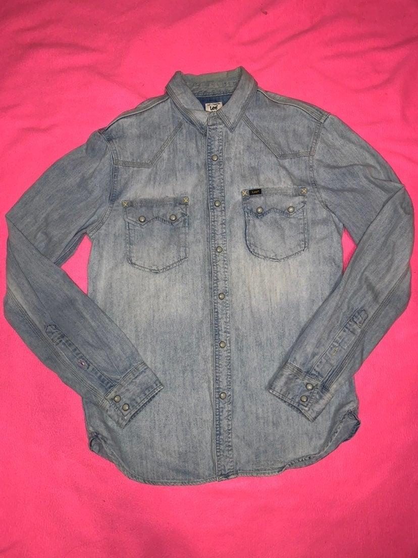 Long sleeve denim button down shirt