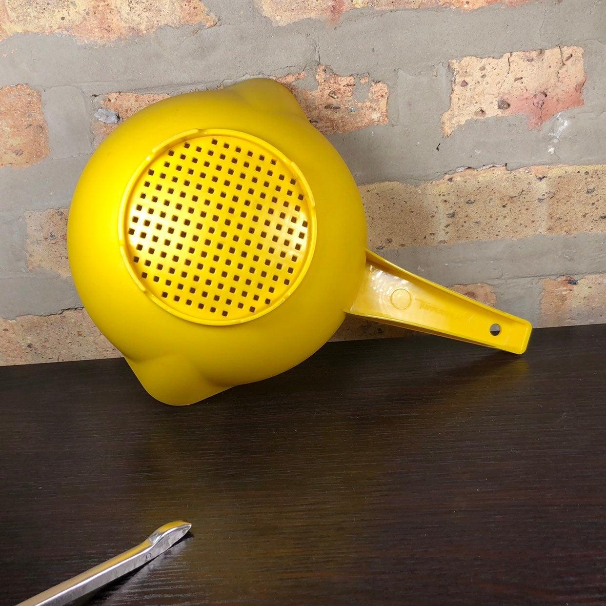 Vtg Yellow Tupperware Colander/Strainer