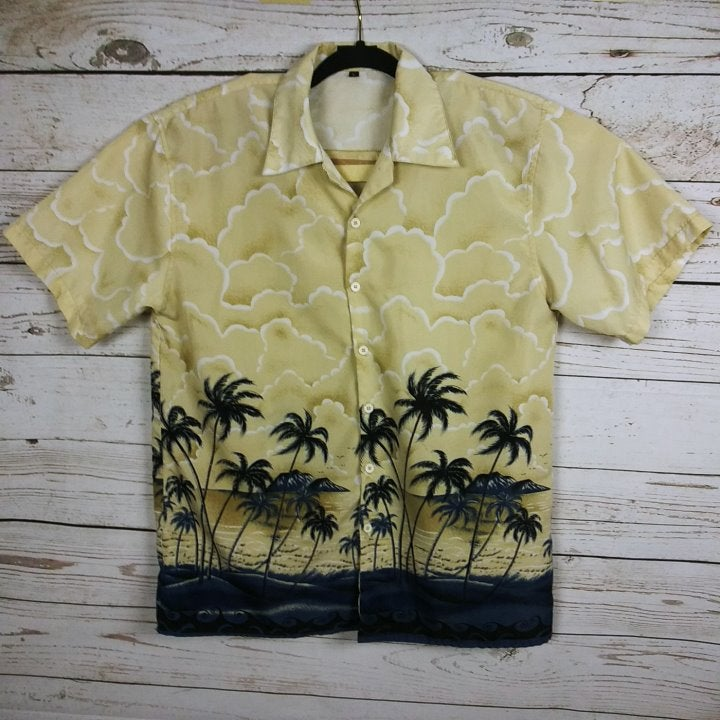 Ferugini Men's Size L Hawaiian