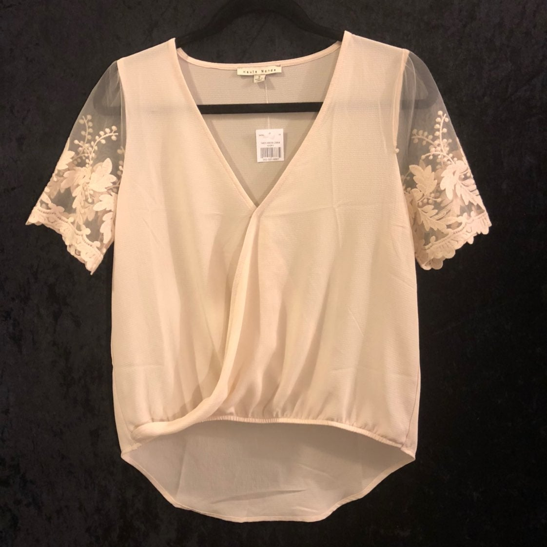 Cute lace top size small
