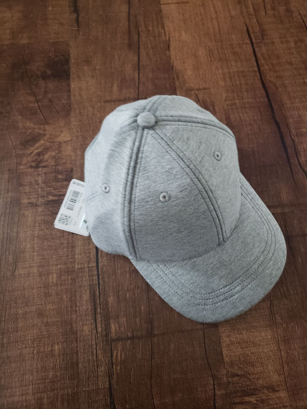 NWT Lululemon Grey Baller Hat