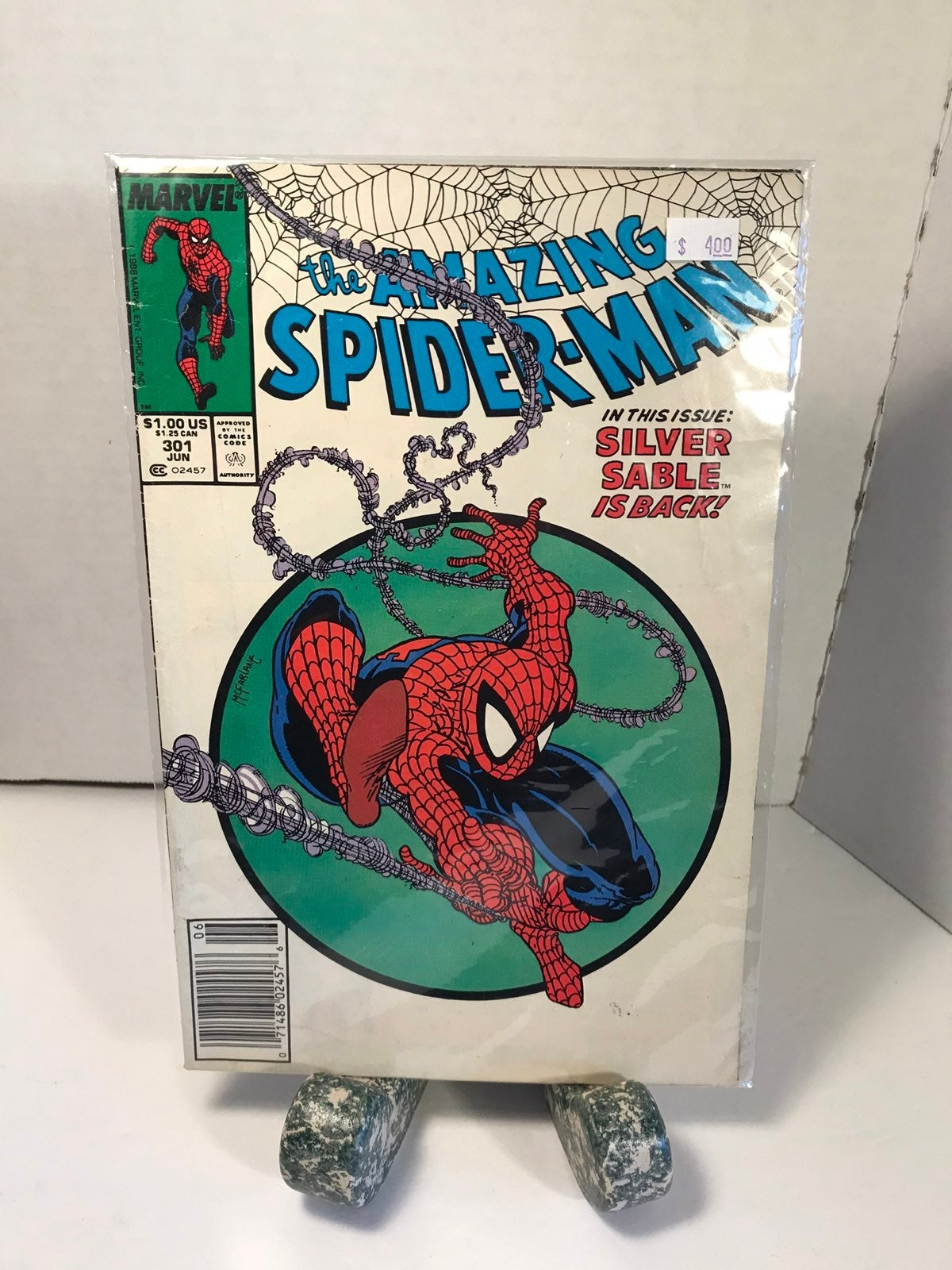 89 Spiderman: Silver Sable Is Back Comic