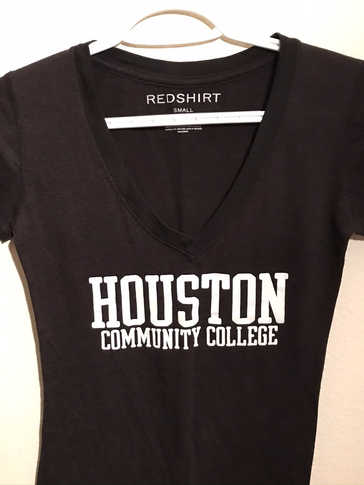 Redshirt college tee