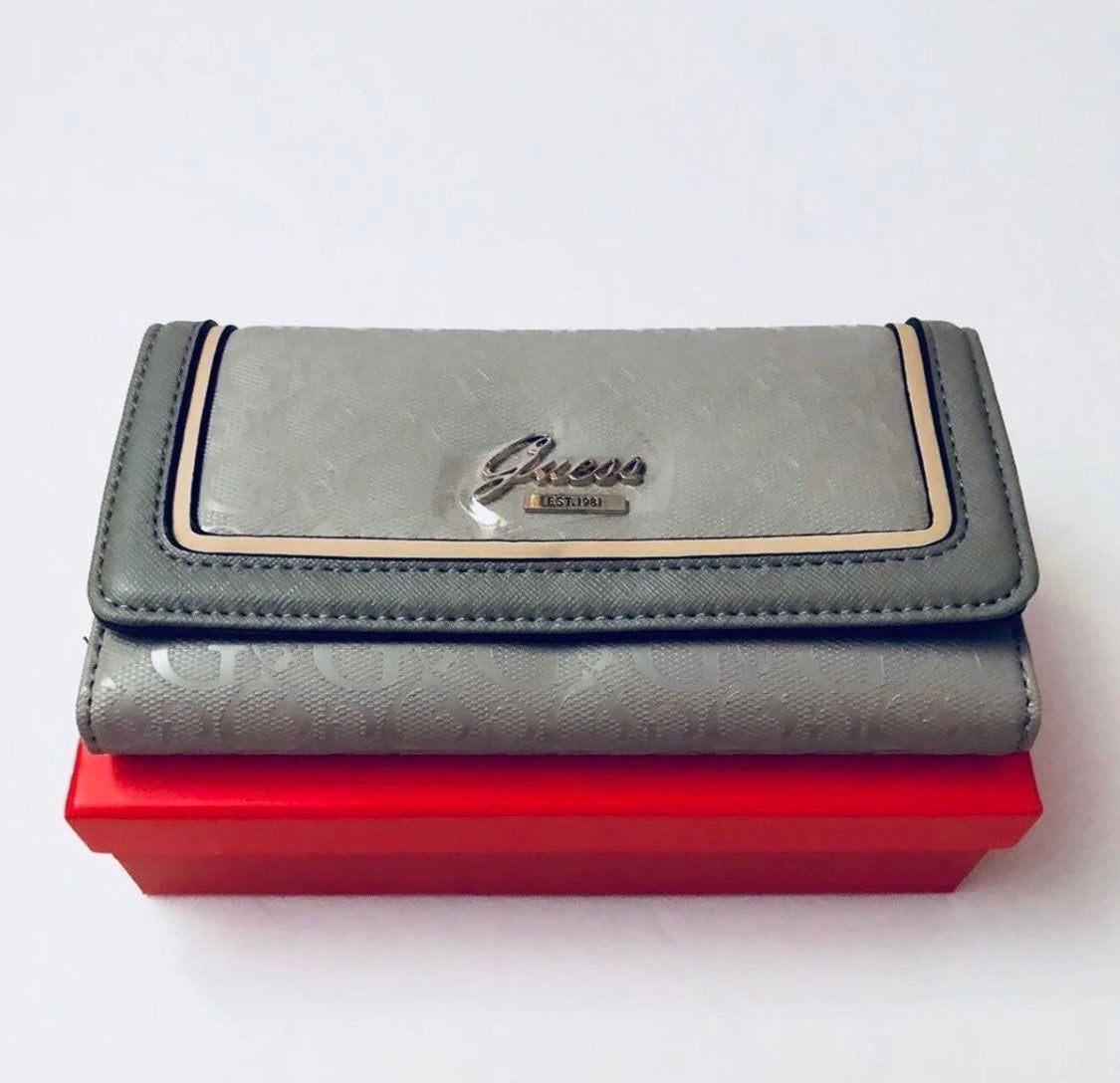 GUESS WALLET  GRAY  COLOR