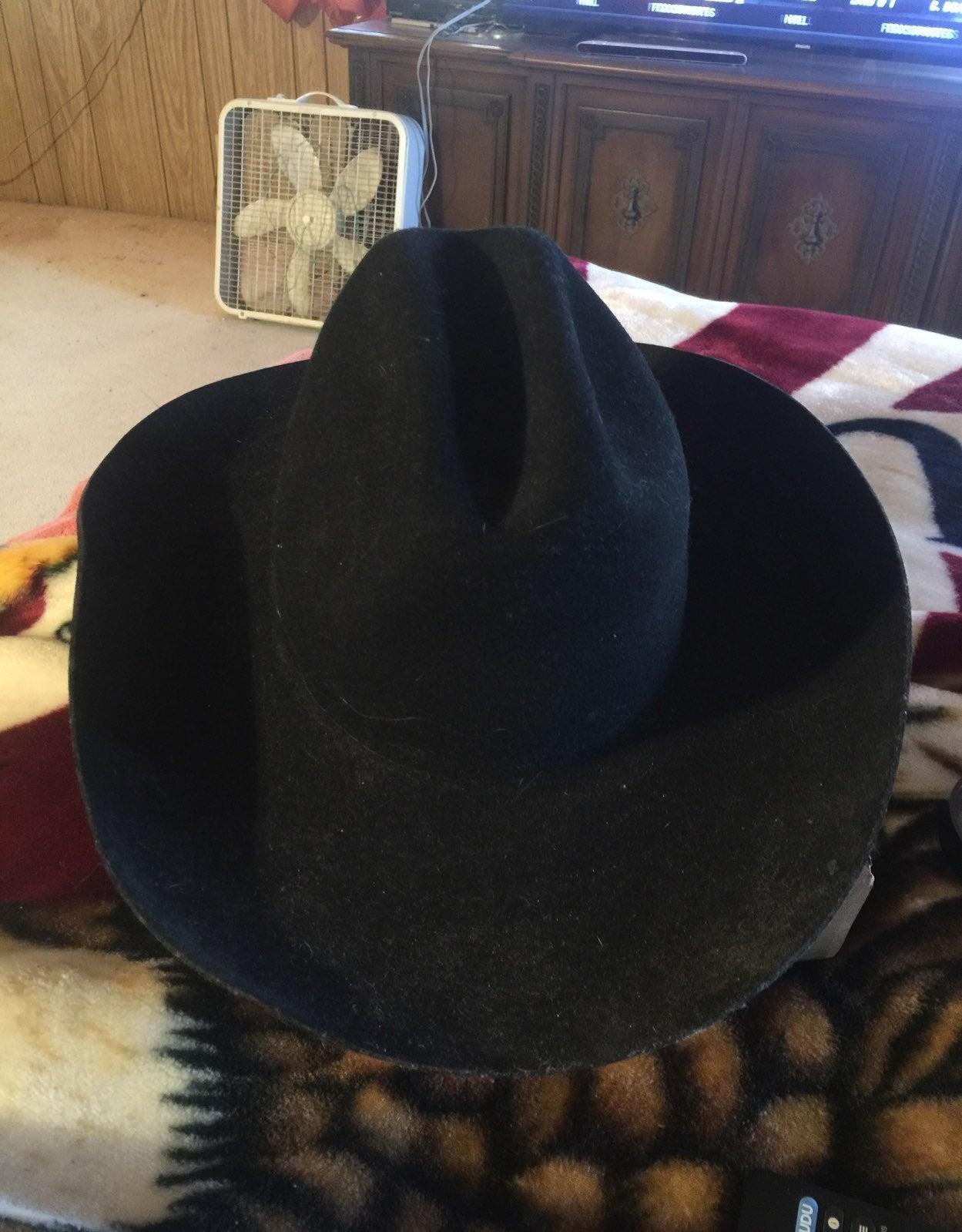 Resistol black felt cowboy hat