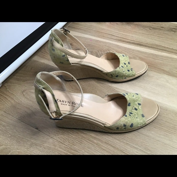 Taryn Rose wedges sandals 42 us12