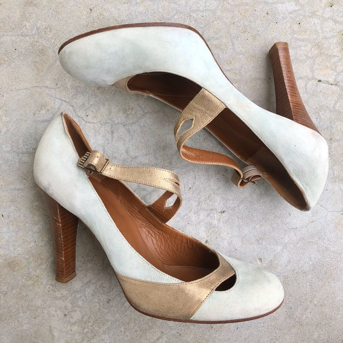 9.5 Marc Jacobs suede mary janes pumps