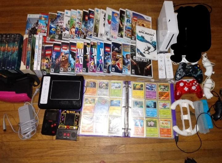 Pokemon Toy and Ball Lot
