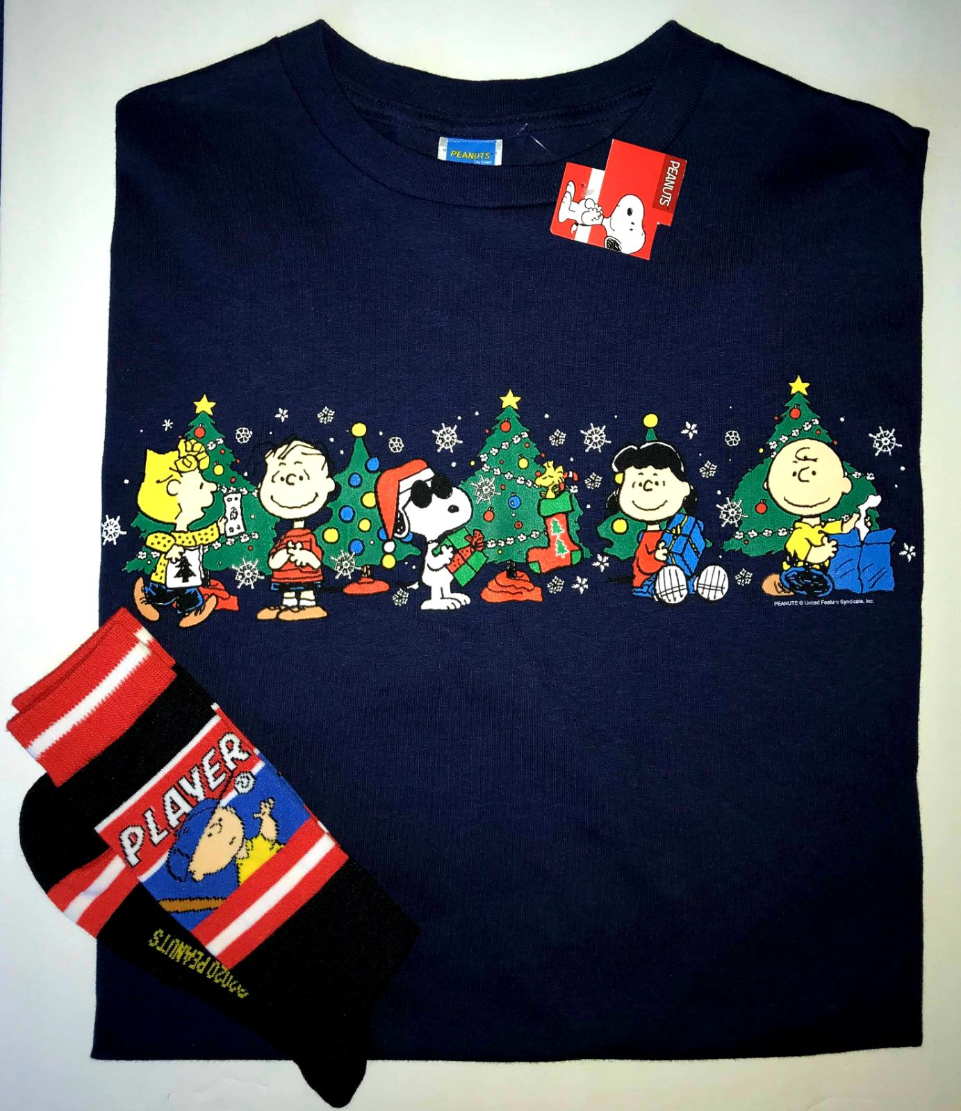 XL CHRISTMAS PEANUTS CHARACTERS TEE&SOCK