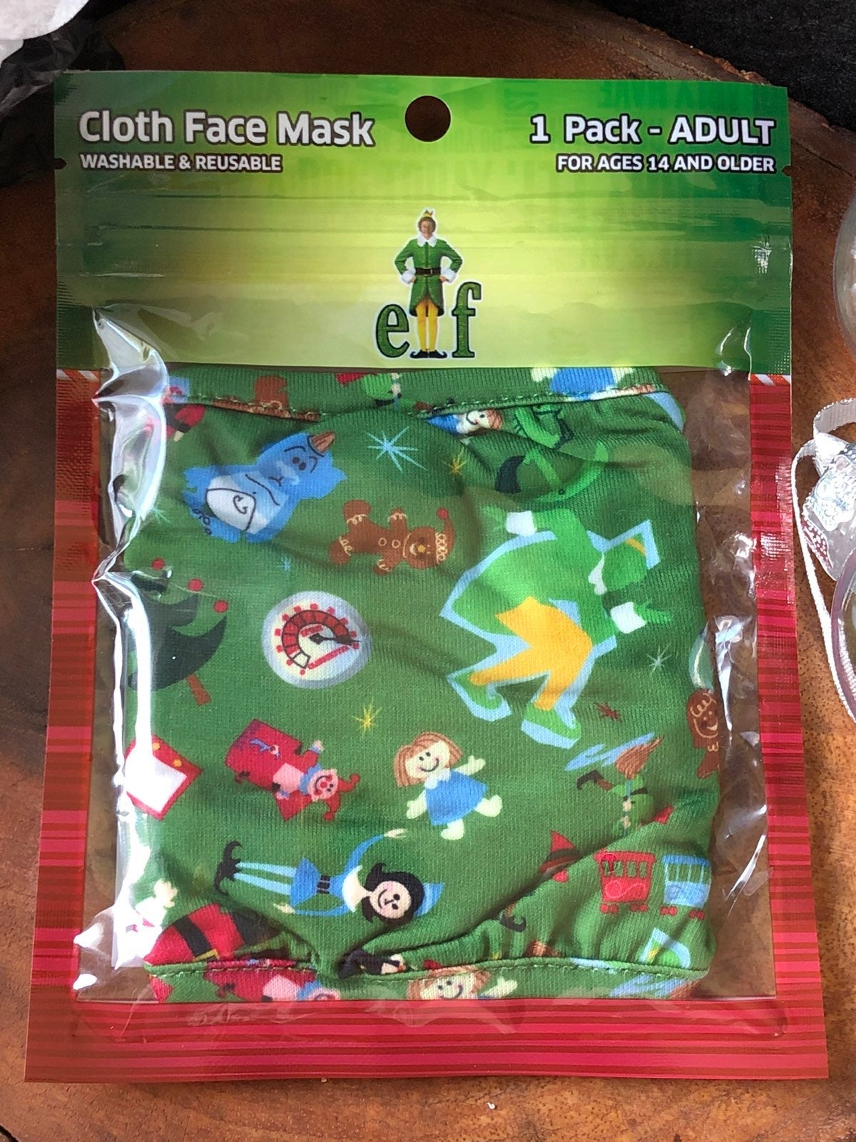 Buddy the elf face mask new in pkg