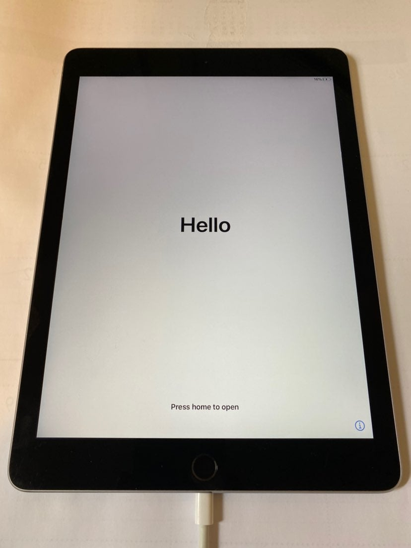 iPad Air 2nd generation Space Gray 16 GB