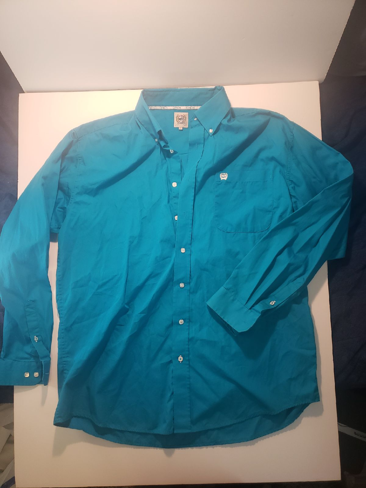 Cinch Turquoise L button down western sh