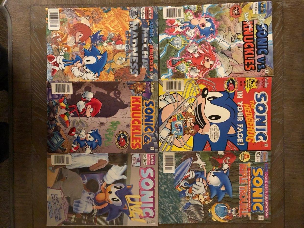 Sonic the hedgehog comics lot READ BIO