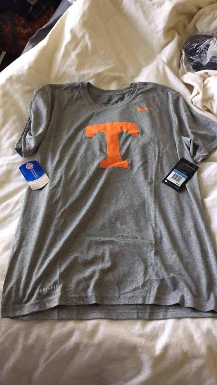 University of tennessee nike shirt