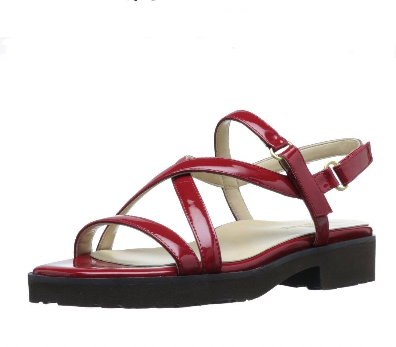 Taryn Rose traveler sandal