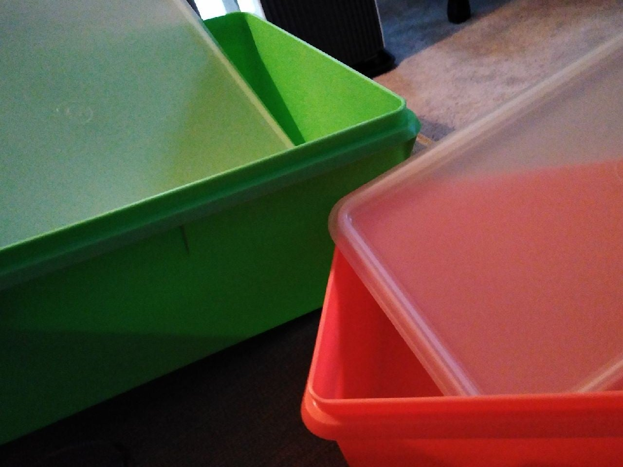 2 Vintage Tupperware Containers-fun colo