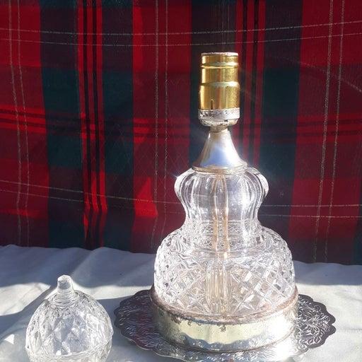 Vintage crystal lamp an matching crystal