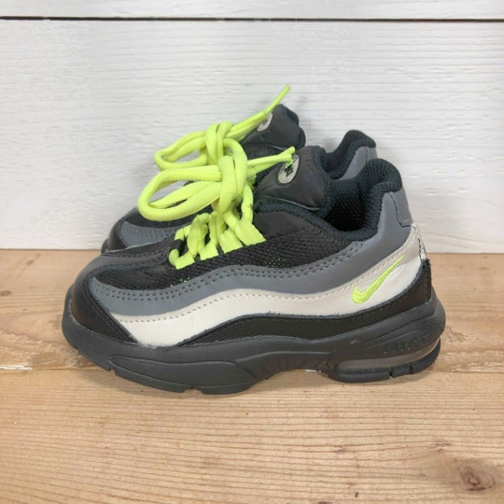 Toddler Air Max 95 sneakers - size 7C