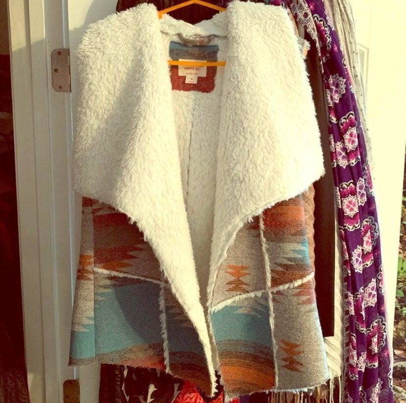 Tribal sherpa vest