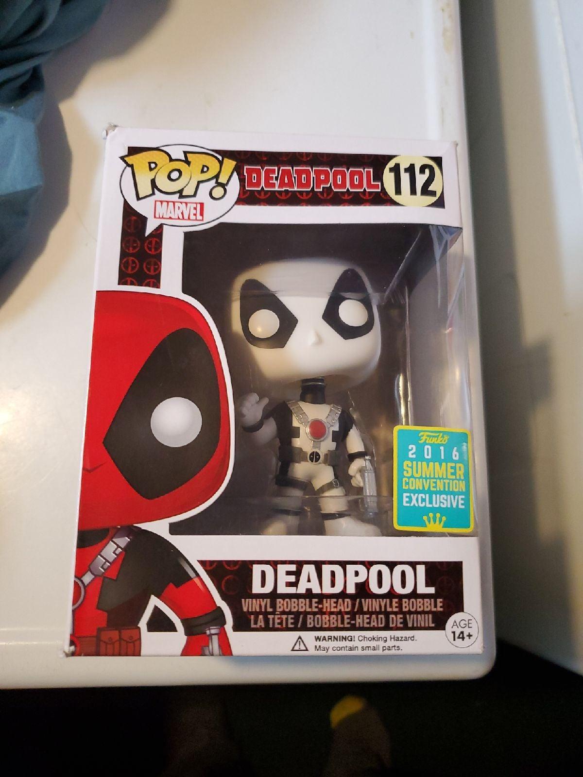 Funko Pop Marvel Deadpool White sharred