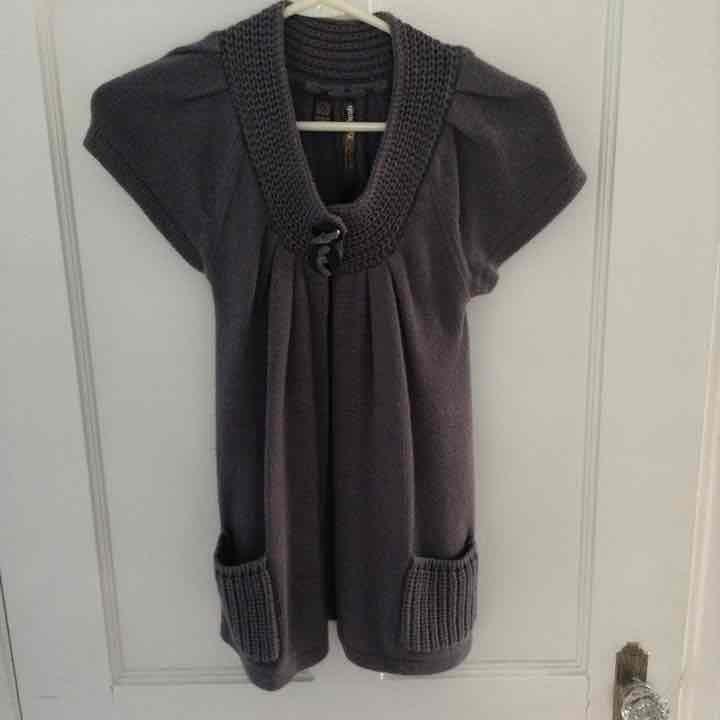 Girls/jrs sweater