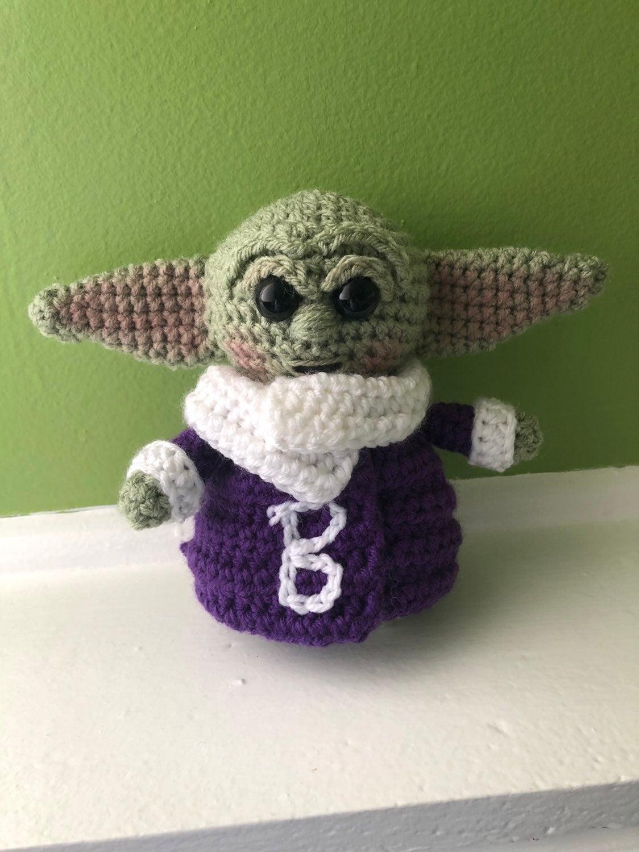 Baby Yoda Ravens team amigurumi