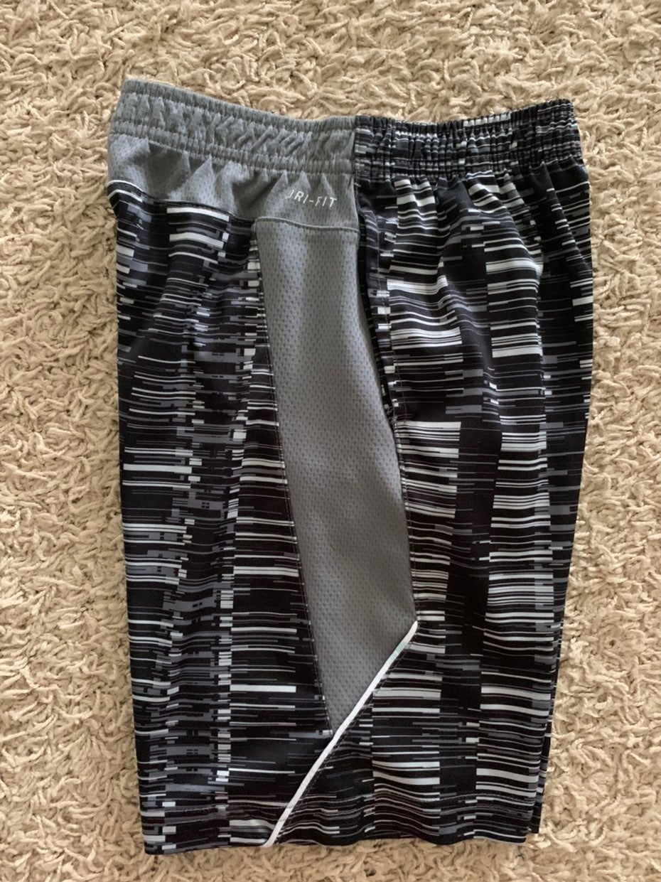 Youth boys nike shorts