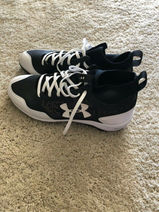 Under Armour Metal Baseball Cleats Shoes
