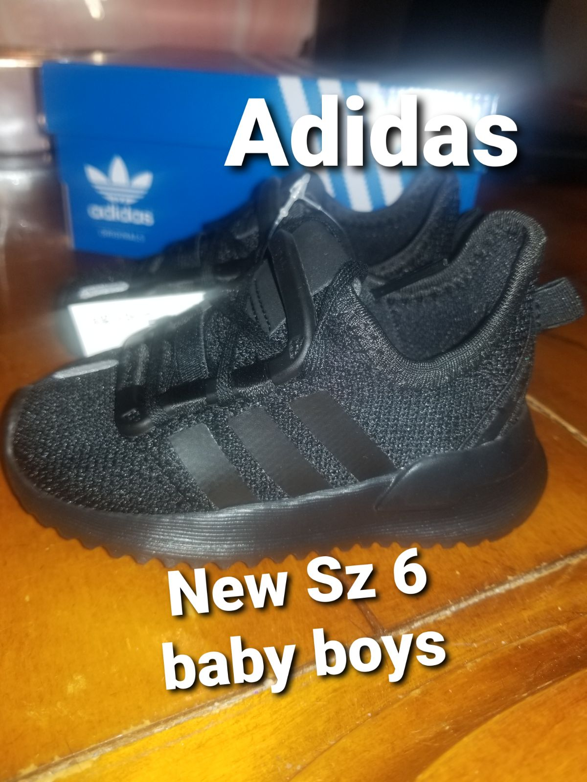 New baby boys size 6 Adidas shoes 6K