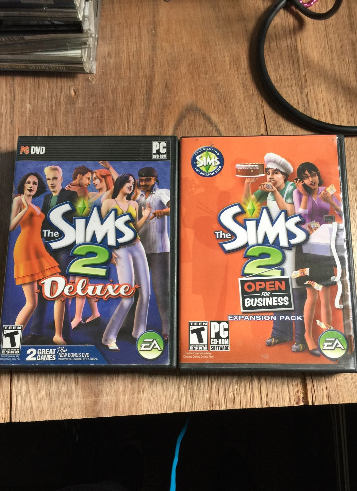 The Sims 2 Deluxe With Bonus Expansion