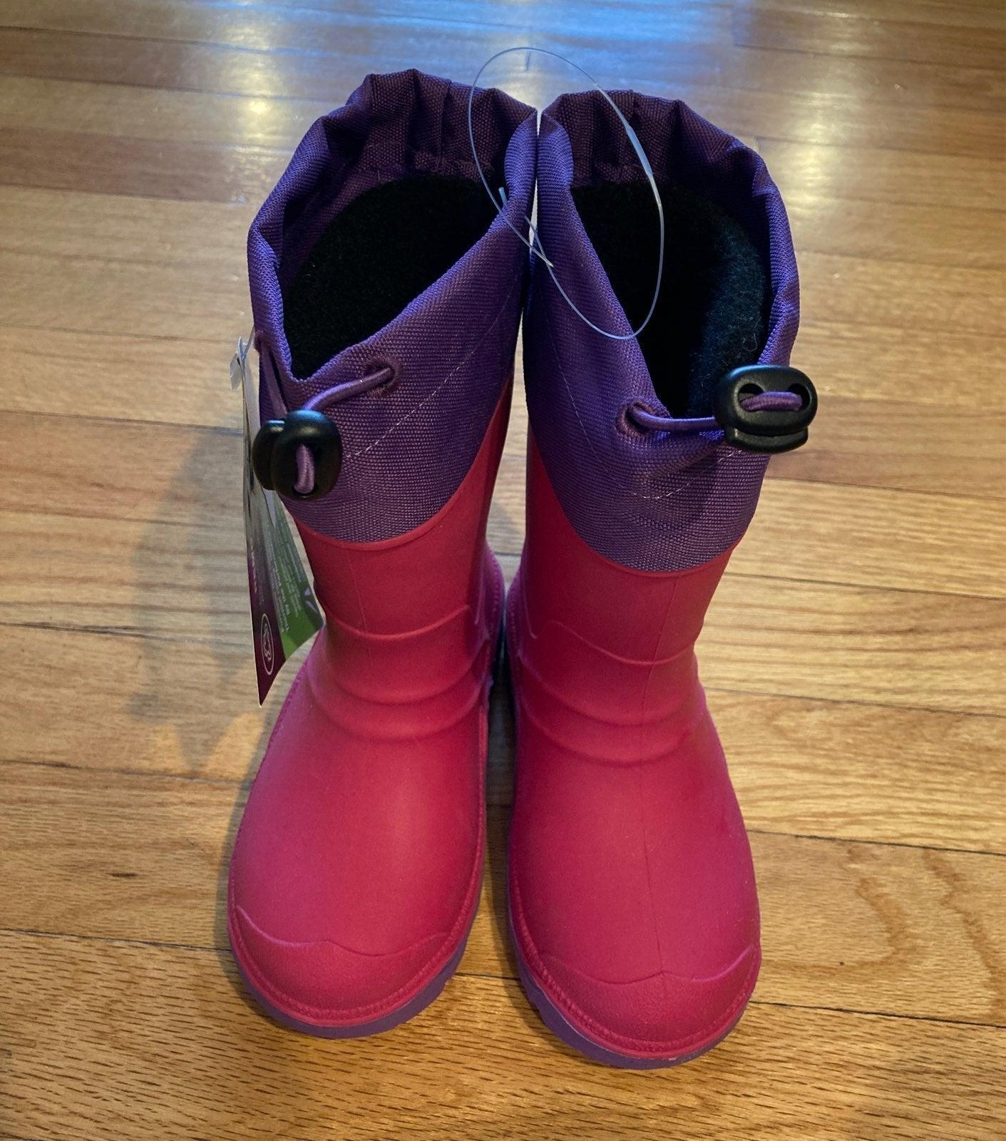 Size 9 Girls Waterproof snow boots